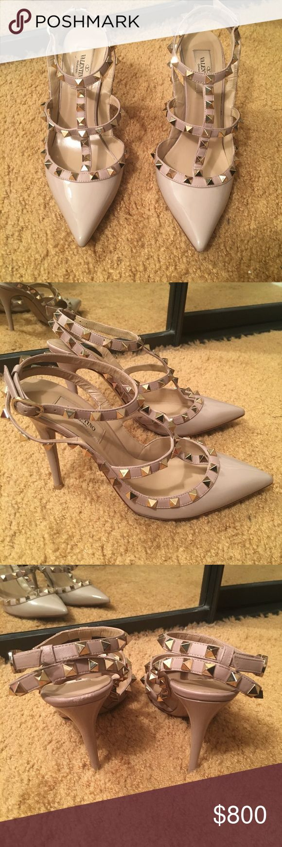 Valentino rockstud t-strap pump nude size 37 Patent leather Size US 6.5 / EU 37 Does not come with box or dust bag Has been worn and refinished Final sale Valentino Shoes Heels