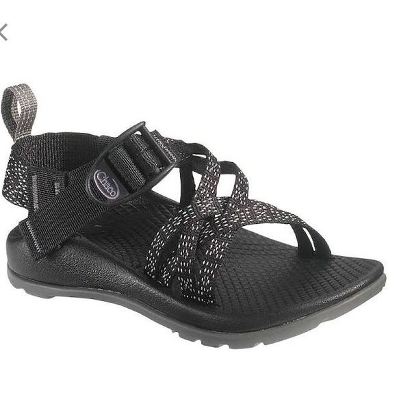 NOT FOR SALE! Looking for black and white chacos size 5y or 6 in women's Chacos Shoes Sandals