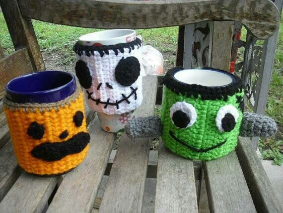 Coffee cup warmers
