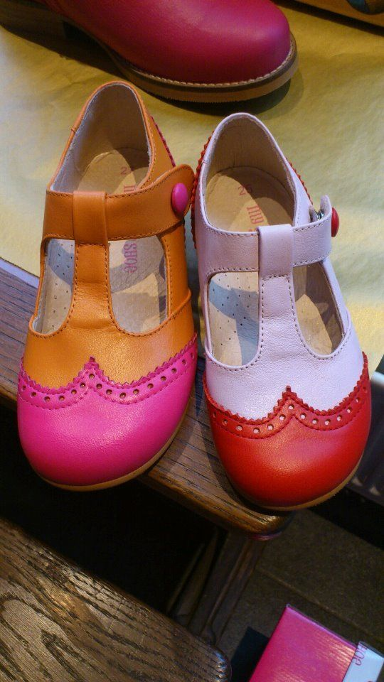 Orange and neon pink shoe  for little girls - something Posh 's daughter should be wearing.