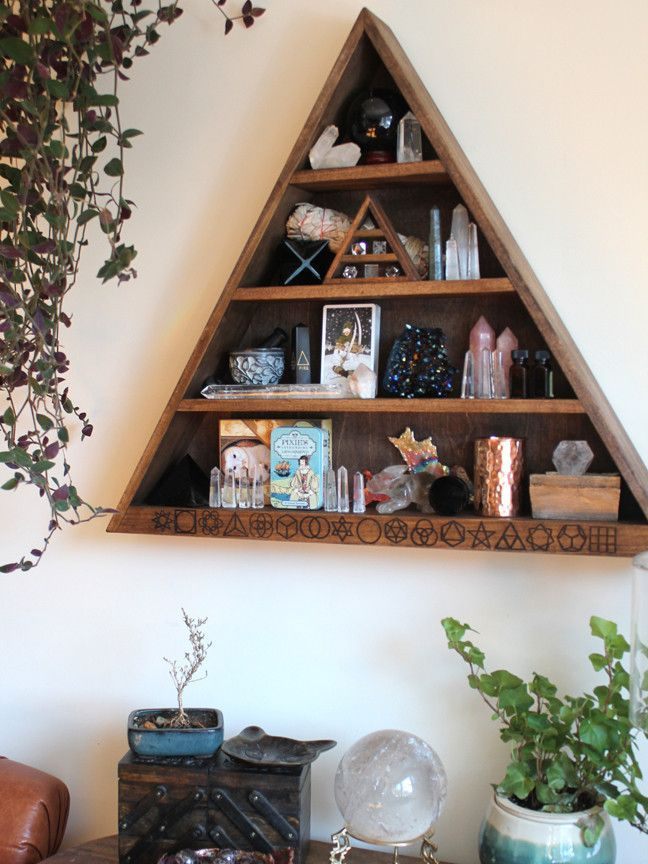 25 Best Ideas About Crystal Altar On Pinterest Altars