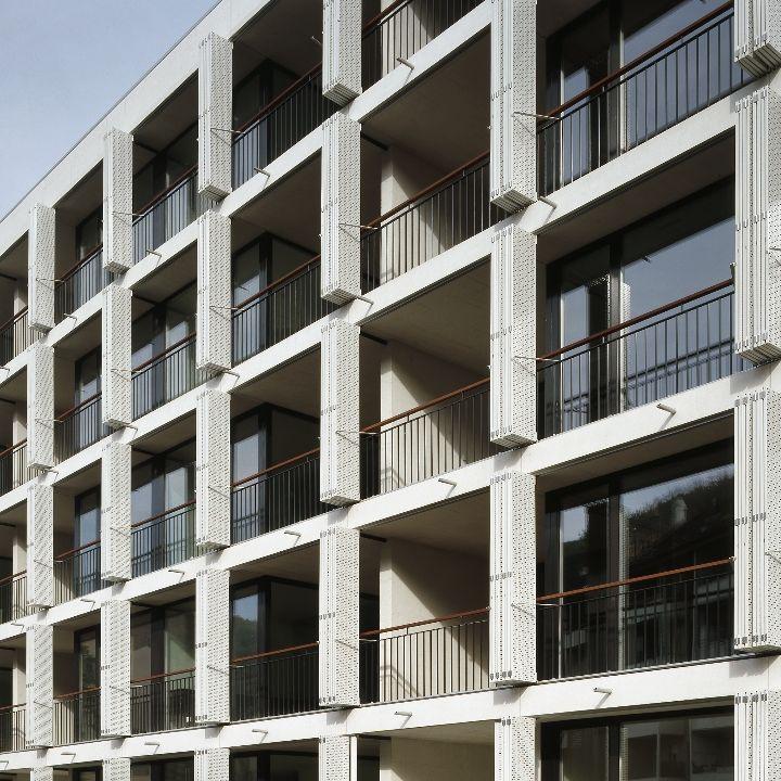 S'ECLAIRER DANS LA PROFONDEUR_ZULAUF ET SCHMIDLIN BASEL SUISSE 45 logements