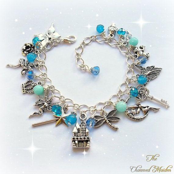 Fairy bedelarmband blauwe bedelarmband, heidense armband, Wicca, Elfin sieraden, Fairy Princess, kasteel, vlinder, Toverstaf, kikker, Amazoniet