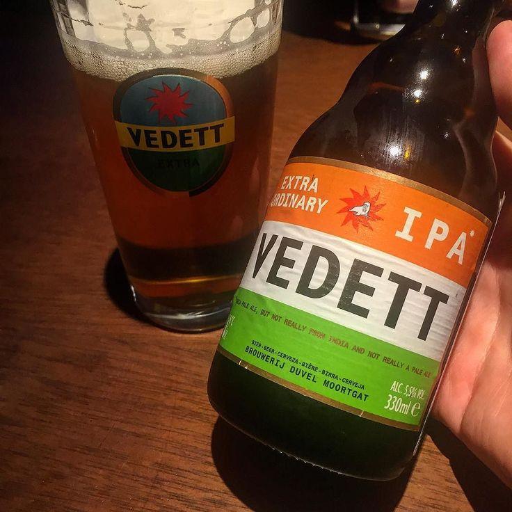 Extra ordinary @vedett IPA ___ Galerinha não se esqueçam de usar a nossa hashtag #lajehomepub na sua foto para aparecer aqui na Laje até o final do dia! Saúde amigos!  #lajehomepub #vedett #bier #beer #beerporn #beergasm #craftbeerporn #craftbeerlover #birra #cerveza #horadogole #planetacervejeiro #confraria27 #bebalocal #bebamenosbebamelhor #ipa