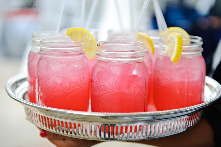 mason jar junkie: Field, Jar Punch, Imtp Punch, Drinks Served, Drinks Smothies, Pink Lemonade, Lemonade Stand