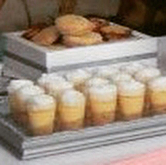 Alfajores y mini Pie de parchita ...