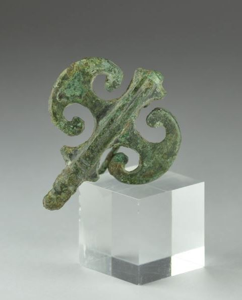 Roman bronze brooch in shape of double axe. Private collection