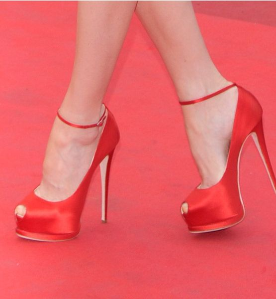 Cool shoes: Satin Shoes, Dermal Filler, Red Satin, Red Shoes, Red Red, Peeptoe Pumps, Red Pumps