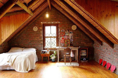 Would love to have done this to our attic out on ther farmplace!! Would have been so cool!!