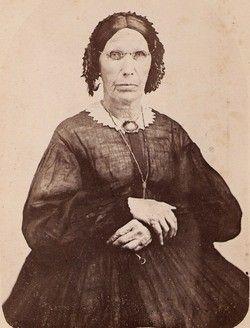 Elizabeth BERDEN (1794-1867), born in NJ, died in Dewitt, MIchigan.  Is she wearing a sheer dress?