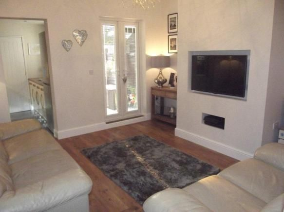 2 bedroom house to rent - Belvoir Road, Coalville Key features  Two bedrooms Close to town centre Immaculate condition Two reception rooms Enclosed garden Available in December   #coalville #property https://coalville.mylocalproperties.co.uk/property/2-bedroom-house-to-rent-belvoir-road-coalville/