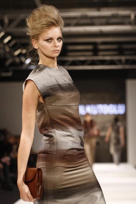 Ünlü modacı Atıl Kutoğlu'nun 2011-2012 Sonbahar-Kış defilesi