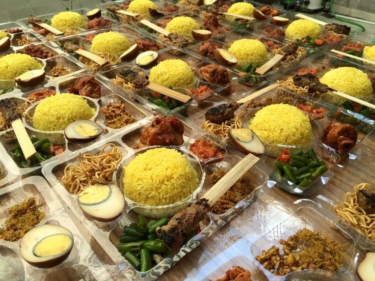 Catering Ester # AyamBumbuRujak #