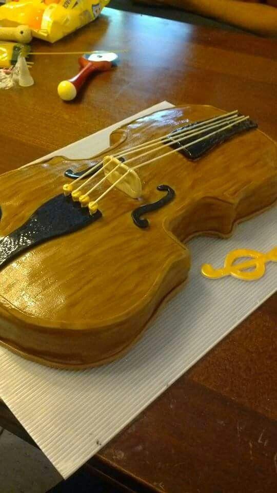 Violino cake