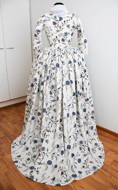 Rococo Atelier: Williamsburg print gown
