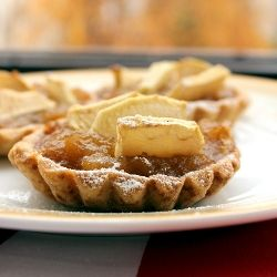 Apple tartalettes - crisp and buttery (in Polish)
