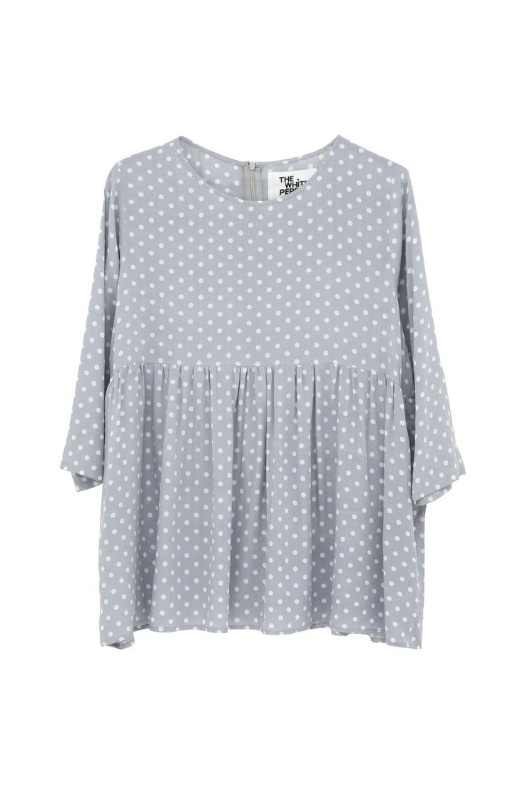 Our new Polka Smock Top in Grey polka dot looks great with skinny jeans! :)  http://www.thewhitepepper.com/collections/tops/products/polka-smock-top-grey