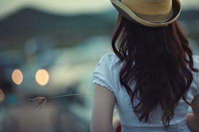 Αντιγραφάκιας: Να παραιτείστε από ό,τι δε σας αξίζει. Κι ας αγαπά...