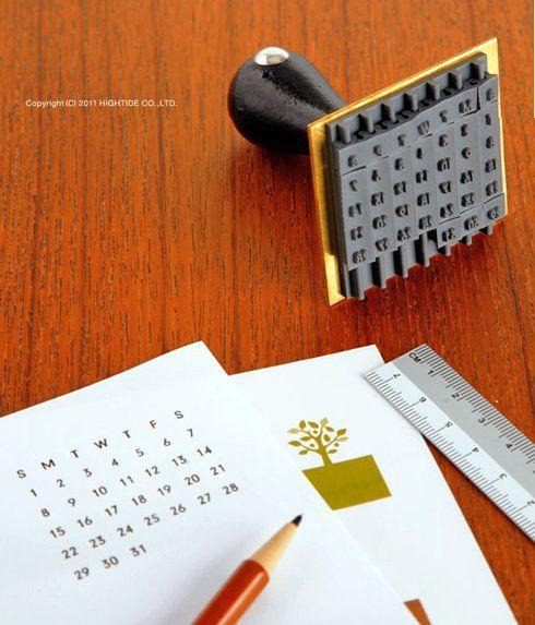 ポンッとどこでもカレンダー。水縞 ハンコ 万年カレンダー