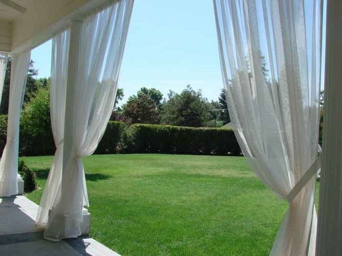30 Clever And Simple Ways To Keep Mosquitoes Away Mosquito Curtains Mosquito Net Outdoor Screen Room