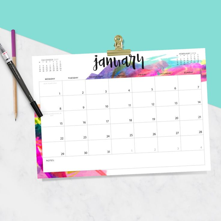 Download your FREE 2018 Printable Calendar today! There are 28 designs to choose from in both Sunday and Monday start dates!