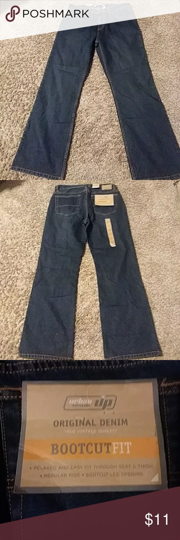 """💞Urban Pipeline Jeans💞 NEW!!  Relaxed, easy fit through the thigh, regular rise, bootcut, 400 dark tint Jeans  from Kohl's.  Size 32 waist and 30"""" length.  BUNDLE AND GET THE MOST OUT OF THE $6.49 SHIPPING FEE!! Urban Pipeline Jeans Bootcut"""