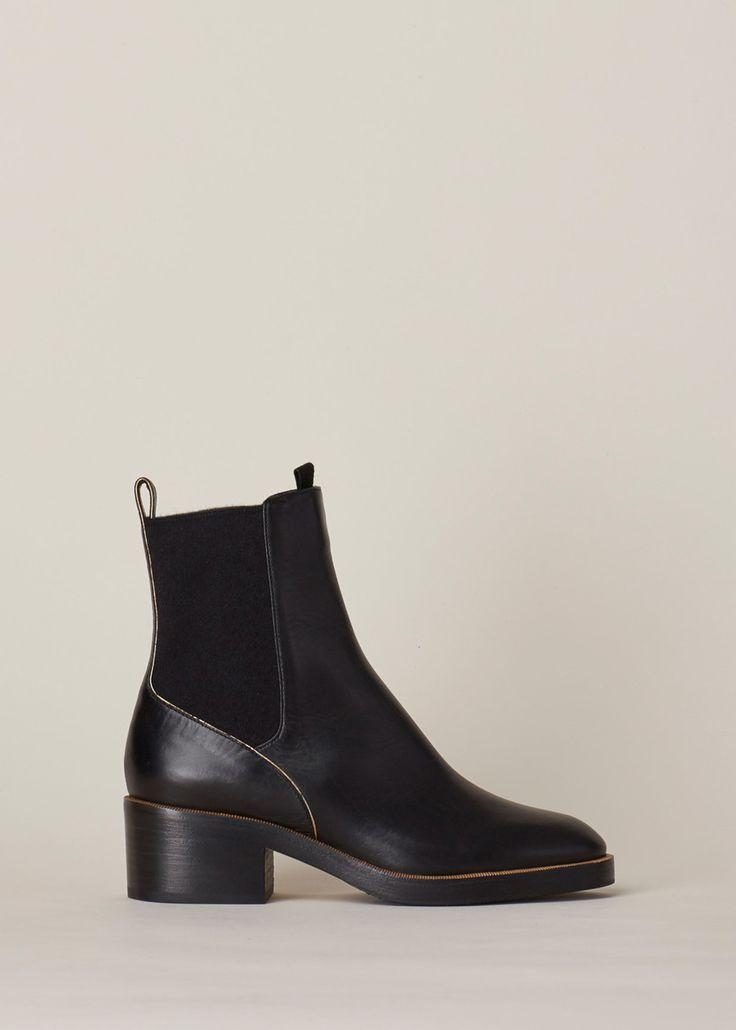Dries Van Noten Pull On Boot (Black)