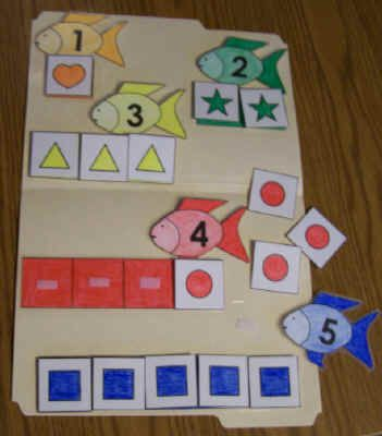 Fish themed file folder activity hey @Allison Rice Fishbone this is cute!