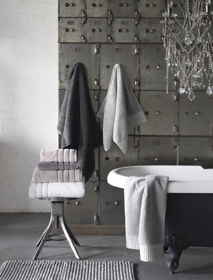 Die Besten Towels And Bath Mats Ideen Auf Pinterest Handtuch - Bhs monochrome word bath sheet bhs monochrome word hand towel