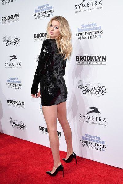 Hailey Clauson Photos Photos - 2016 Sports Illustrated Swimsuit Cover Model Hailey Clauson attends the Sports Illustrated Sportsperson of the Year Ceremony 2016 at Barclays Center of Brooklyn on December 12, 2016 in New York City. - Sports Illustrated Sportsperson of the Year Ceremony 2016