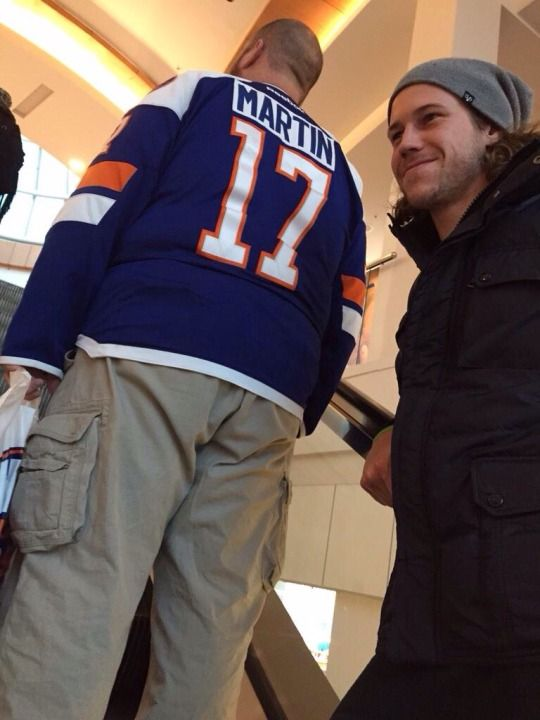 When your wearing Matt Martin jersey and dont know he's right behind you, New York Islanders