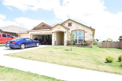 REAL Star Property Management, LLC, offers homes for rent in Harker Heights, TX. With the help of online listing, you can search for rental townhomes, condos and multi-family homes. To find homes available for rent in Harker Heights, visit http://realstarmanage.com