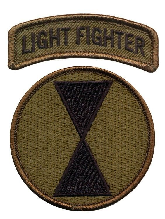 7th Infantry Division OD patch with Lightfighter Tab - Ft Ord CA- Army Ranger -