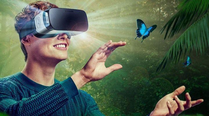 An awesome Virtual Reality pic! Hoi sahabat suka dengan video 3 Dimensi gak ? sekarang sih udah ada teknologi canggih nih namanya Samsung Gear VR (virtual reality). Gimana keren gak sob ? Akan hadir di Indonesia loh. www.mantapps.co.id  #rumors #teknologi #samsung #virtualreality #gearvr #3dimensi #4dimensi #videonyata #videovirtual #samsunggearvrfans by mantappsindo check us out: http://bit.ly/1KyLetq