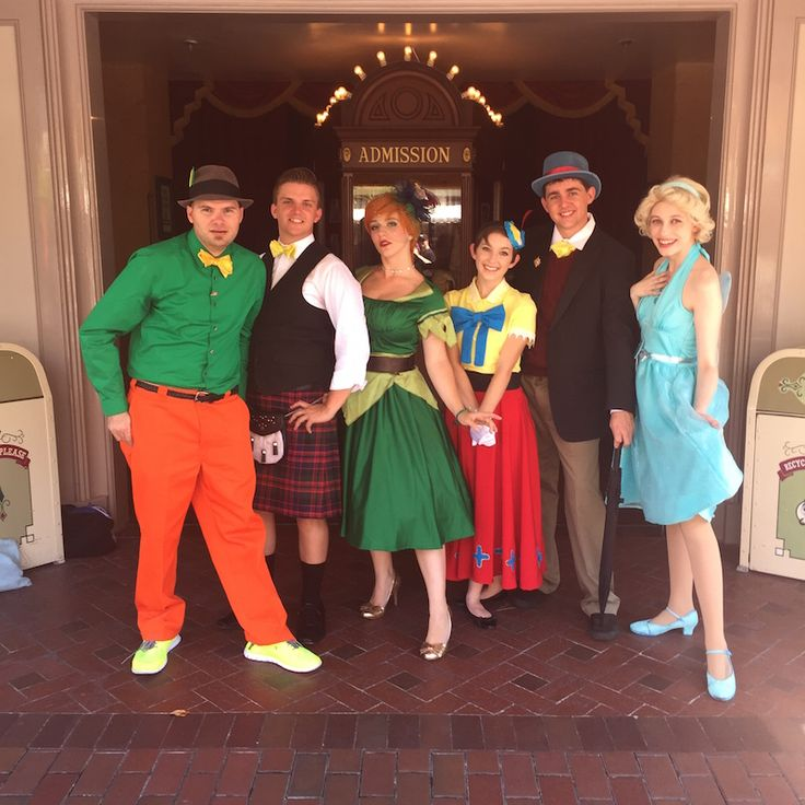 We're so lucky that Dapper Day, fall 2o15 landed right in the middle of our very own #DisneyThrowback Week!