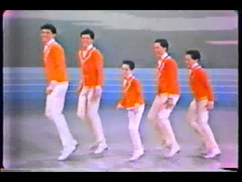 The Osmond Brothers - Mame & Fascinating Rhythm - Andy Williams Show.Donny was my very first crush.Please check out my website thanks. www.photopix.co.nz