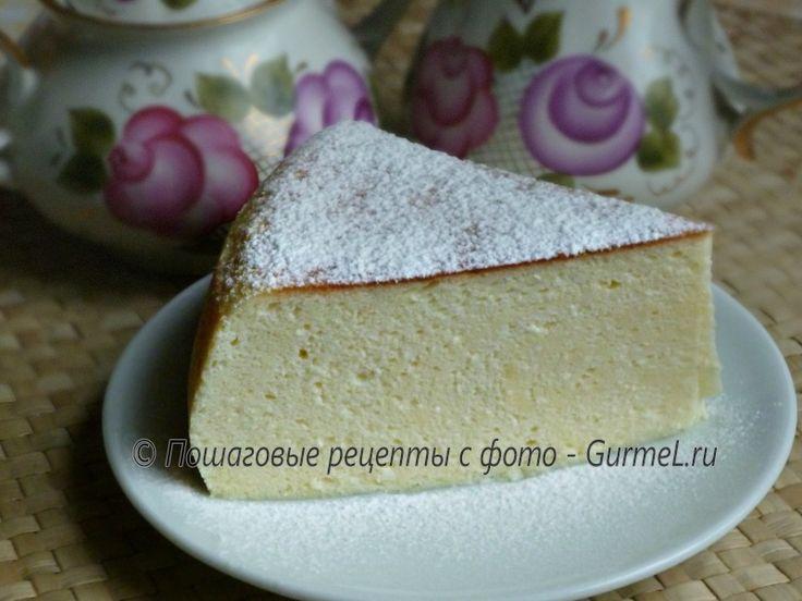 Этот мега вкусный торт-суфле очень просто приготовить. Немаловажным фактом является то, что он без муки и масла в составе. Хотя он и похож по структуре на