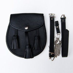Reviews Black Leather Sporran with Tassles Buy online and save - http://salesoutletstore.com/reviews-black-leather-sporran-with-tassles-buy-online-and-save