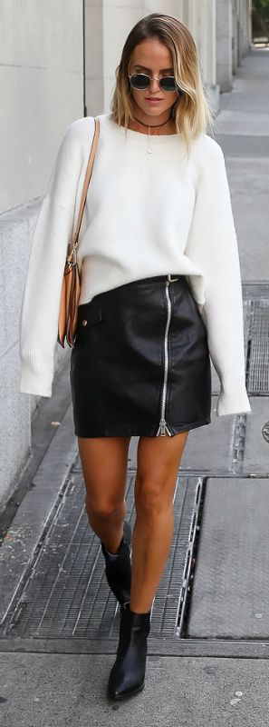 everyday outfit + extra long sleeves trend + new and exciting fashion movement + Kristin Sundberg + smashing! + extra long sleeved sweater + leather or zip front skirt + gorgeous style.   Knit: Chiquelle, Skirt: River Island, Boots: Jennie-ellen, Bag: Chloé.