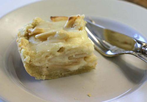 Чадейка - Снова яблочный пирог, со сметанной заливкой - Apple Pie covered with cream