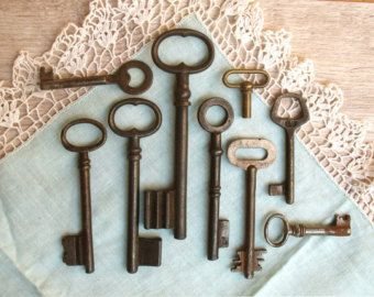 Antique Keys - Large Old Keys - 9 Skeleton Keys - Old Iron Keys (C-19a).