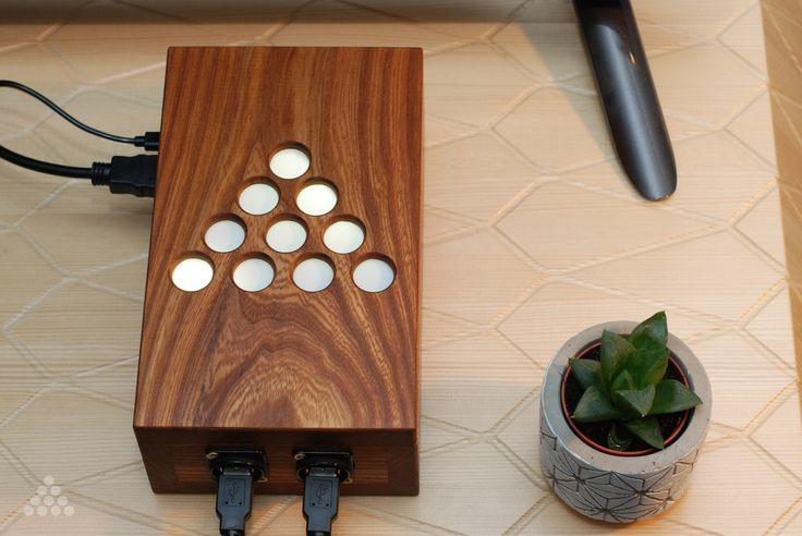 Hand made, all-in-one retro gaming emulation consoles. Play all of your favourite retro games from ATARI 2600, NES, SNES, Sega Genesis, Sony Playstation, MAME and many more.  WOODEN DESIGN Can be customized and made from the wood of your choice - Oak, Hazel or Rosewood.  MEMORY UP TO 16GB+ If you need more space, we can boost it up for you!  INCLUDED 10000+ GAMES Unlimited hours of entertainment! Comes with ton of games, just connect it to your TV and you are ready to play!
