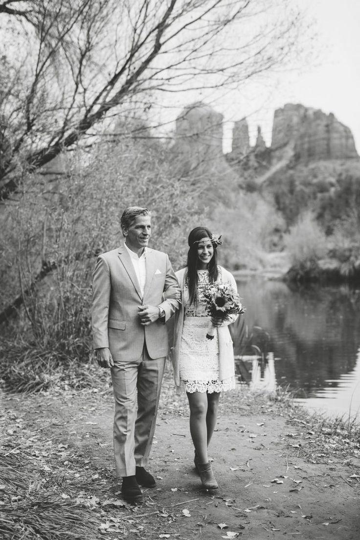 Real Wedding   Wedding Sedona Arizona   Father Daughter Wedding Photos   Wedding Photography   Native American Wedding   Outdoor Wedding   Elopement Photography   Bride & Groom   Nature Wedding