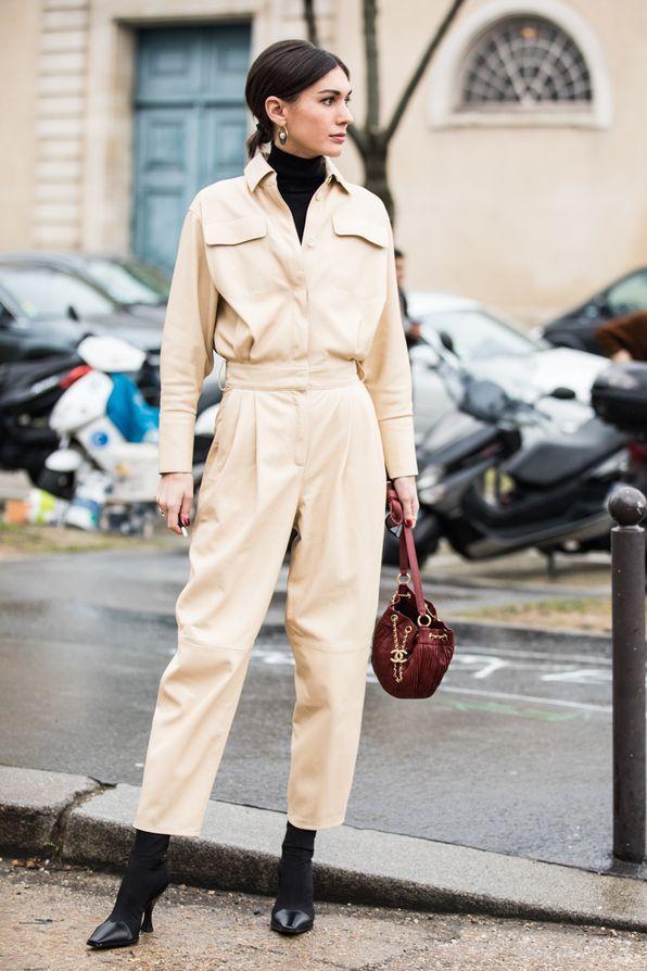 5a8536c76fb Street style à la Fashion Week automne-hiver 2018-2019 de Paris Crédit  photo   Sandra Semburg