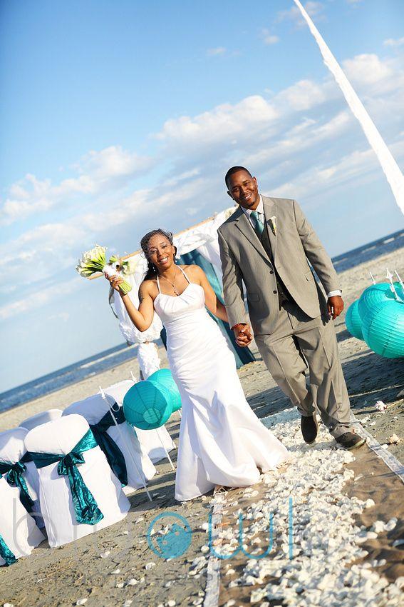 Tybee Island Wedding Coastal Creative Events Beach Rentals And Decor Coastalcreativeweddings