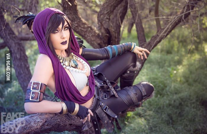 Draw me like one of your Orlesian girls (Morrigan: Dragon Age) - 9GAG