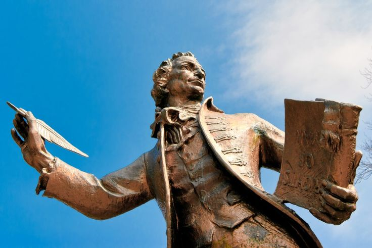 The 5 Best Thomas Paine Quotes From 'Common Sense'