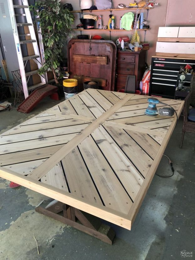 Diy Farmhouse Table With Herringbone Table Top Diy Trestle Table With Free Plans How T In 2020 Farmhouse Kitchen Table Diy Diy Farmhouse Table Farmhouse Table Plans