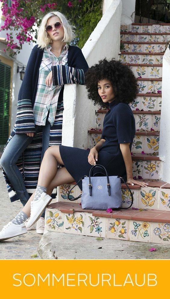 Lässig nach Lissabon? Oder entspannt nach Espana? Ganz gleich wie deine Sommerurlaubspläne sind: Mit diesem Outfit bist du voll im Trend! Das Jerseykleid und die Longstrickjacke bilden zusammen mit den weißen Schnürschuhen ein cooles Style-Team – Shopper nicht vergessen!