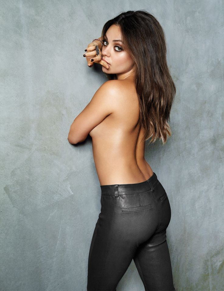 Mila Kunis - Cliff Watts - Esquire Magazine Nov-2012 (2)